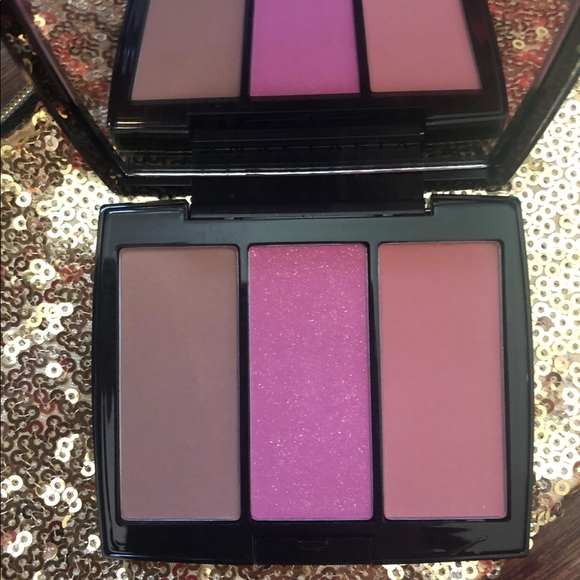 Anastasia Beverly Hills Other - Anastasia Beverly Hills blush duo pool party